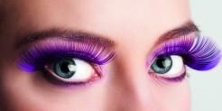 Violette Kunstwimpern