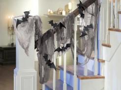 Gruseliges Leichentuch Drapiertuch mit Fledermäusen Halloween Party-Deko grau-schwarz 61x457cm