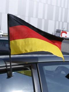 Autofahne Deutschland Fussball-Fanartikel schwarz-rot-gelb 45x28cm
