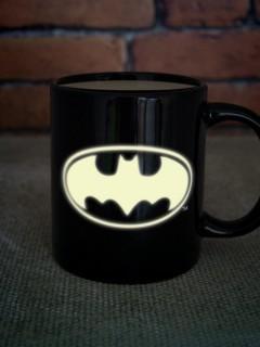 Batman-Tasse nachtleuchtend DC Comics schwarz-gelb 300 ml