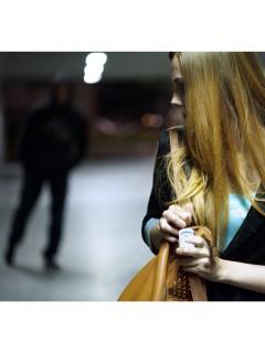 SOS Notruf-Button Alarm für Smartphones für Frauen und Kinder weiss-blau