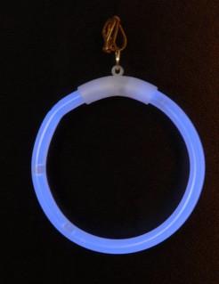 Knicklicht-Ohrringe nachtleuchtend blau