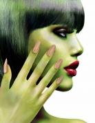 Zombie-Fingernägel Halloween-Fingernägel beige
