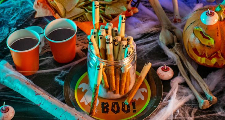 Geister-Sticks: Ein Halloween-Snack, der heimsucht